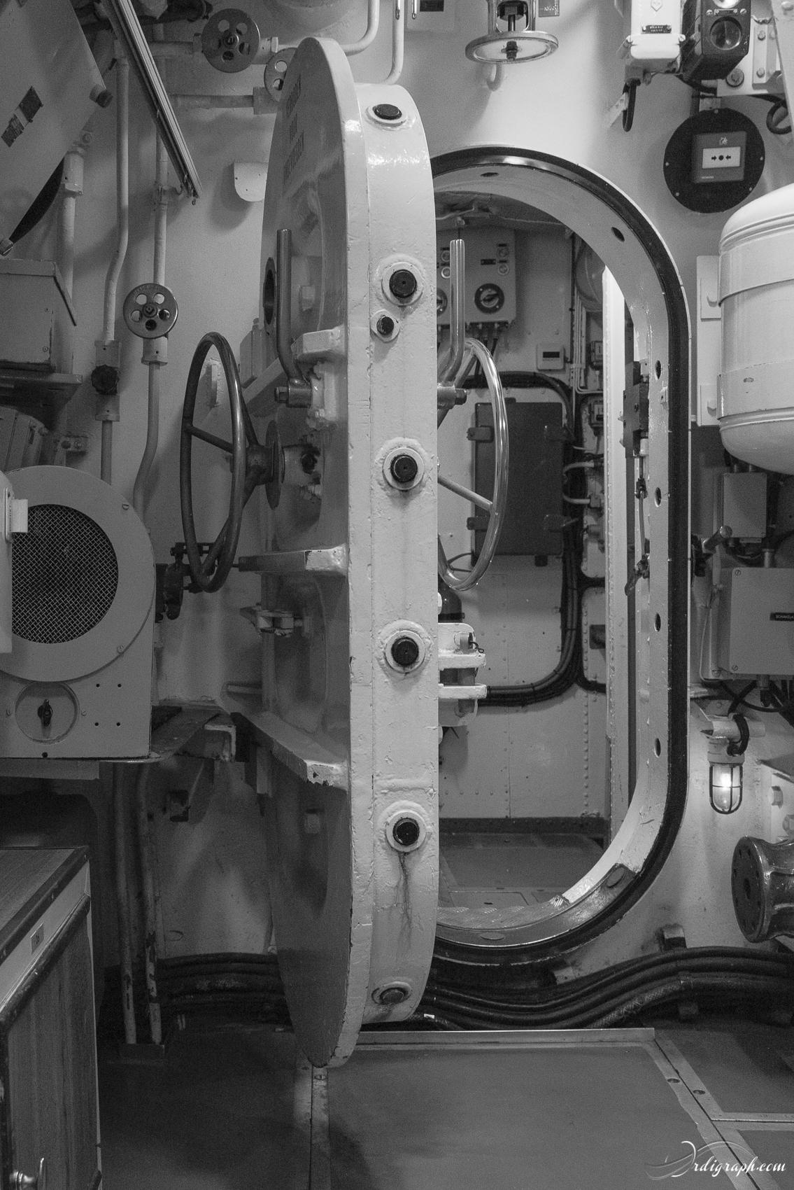 Sous-marin Tonijn-1
