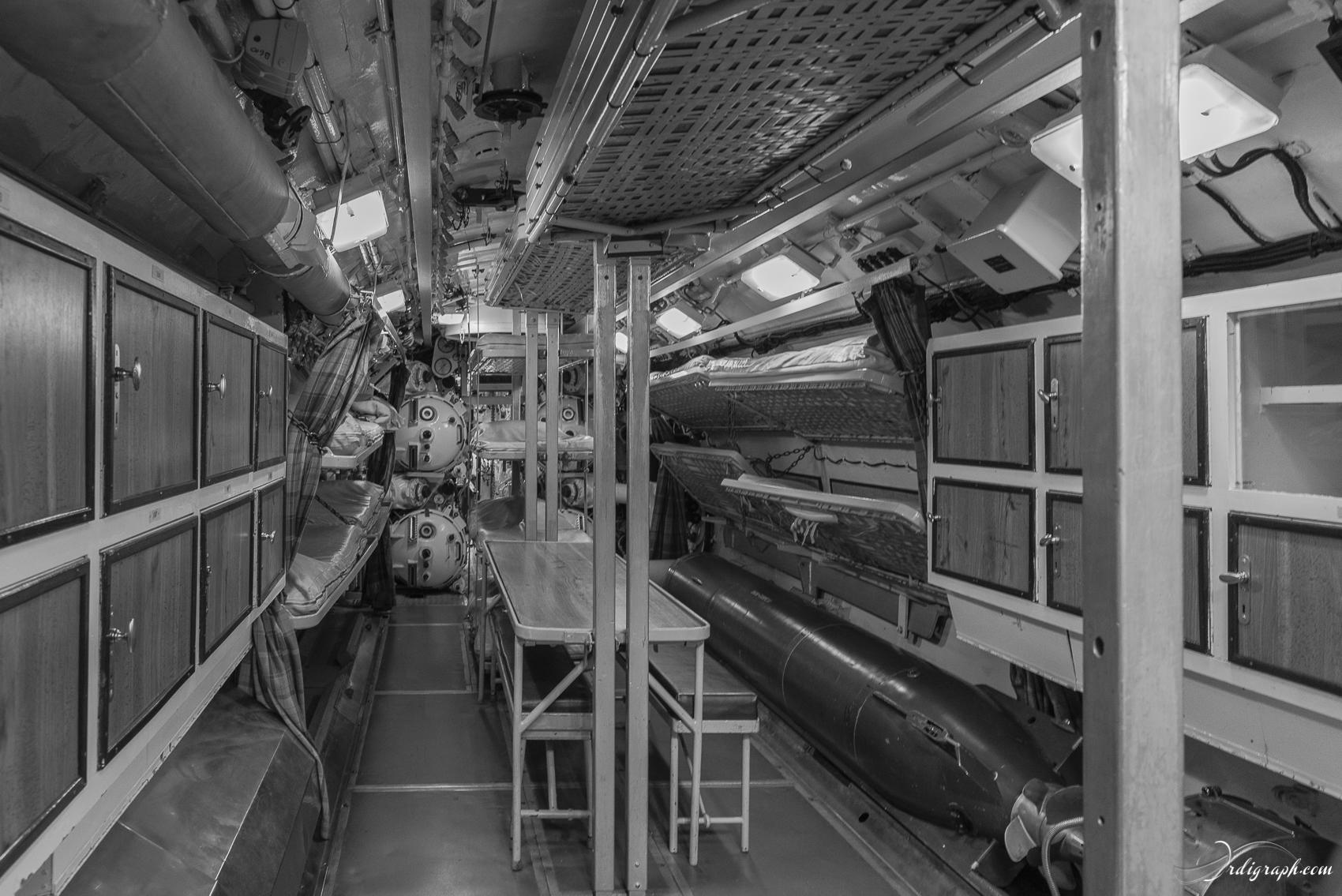 Sous-marin Tonijn-23