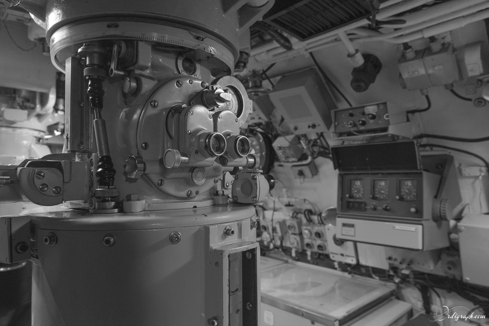 Sous-marin Tonijn-27